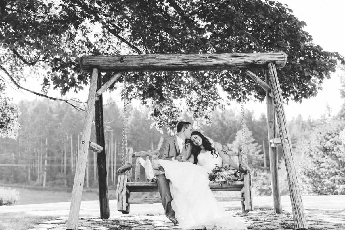 800w-1920w-Couple on Swing_Blackandwhite_Tso
